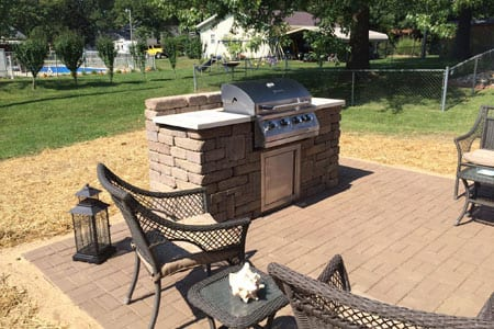patio with grill highland il