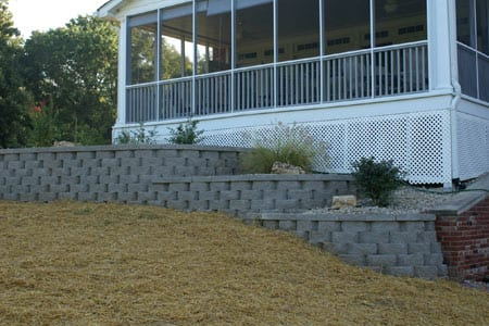 retaining walls highland il