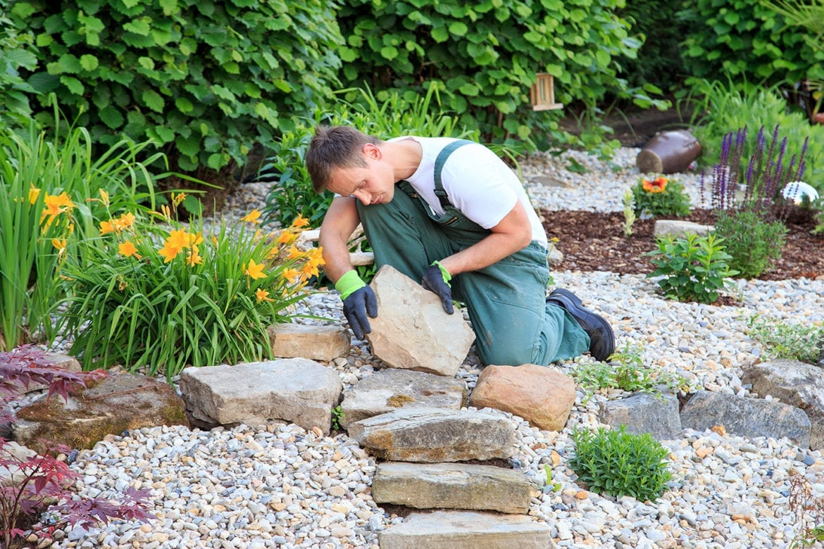 lanscaping contractors in columbia il